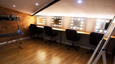 001.-Makeup-Room
